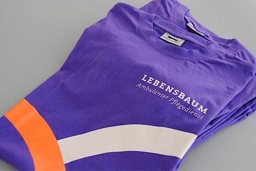 Lebensbaum | Ambulanter Pflegedienst | Corporate Design | Mitarbeiter T-Shirts